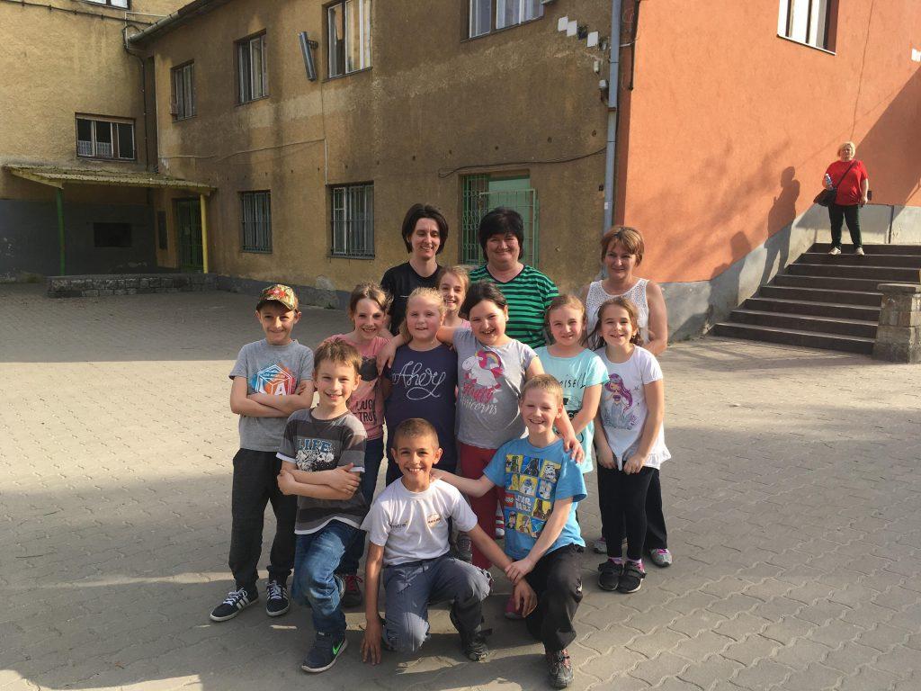 Zrínyi Ilona Általános Iskola 2a - 10 gyerek + 3 szülő